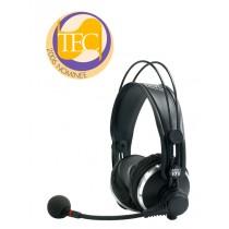 AKG HSC171 lukket hodetelefon med kondensatormikrofon