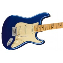 Fender American Ultra Stratocaster - Cobra Blue - Maple