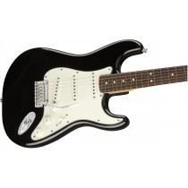 Fender Player Stratocaster® - Black - Pau Ferro fingerboard