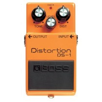 BOSS DS-1 - Distortion-pedal