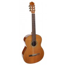 Salvador Cortez CC-10 Student Series classic guitar, cedar top, sapele back and sides, natural