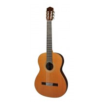 Salvador Cortez CC-140 All Solid Master Series classic guitar, solid cedar top. 3-pc solid rosewood back, solid rosewood sides, deluxe case