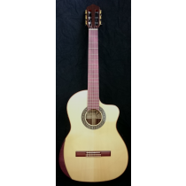 Kantare Grazioso klassisk gitar med cutaway
